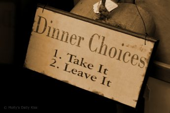 Old Fashioned Dinner Sign