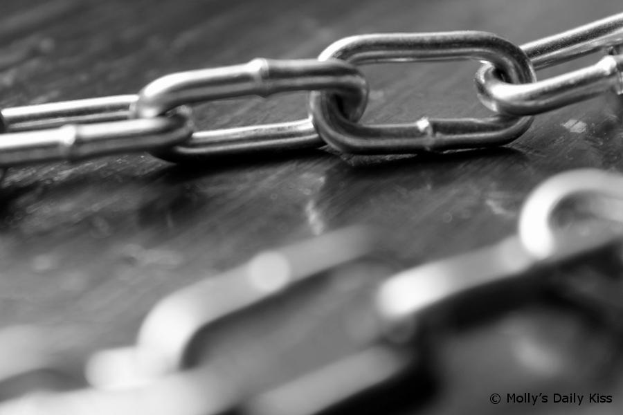macro shot of chains