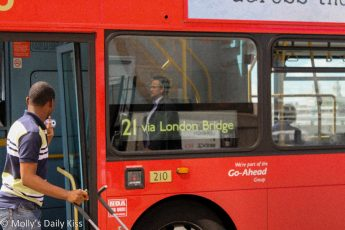 The No. 21 bus Via London Bridge
