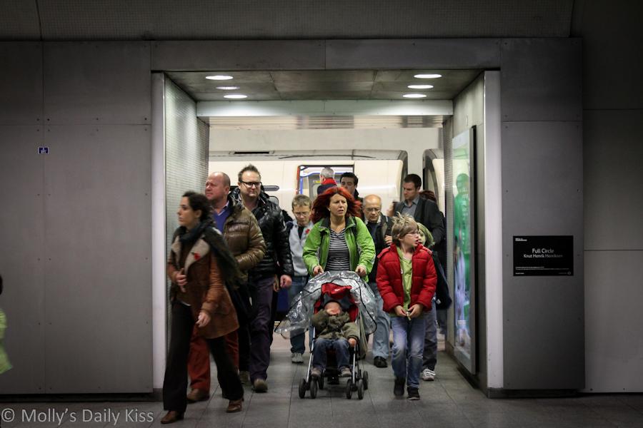 london underground crowds