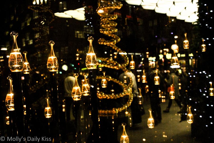 Christmas window shopping in London