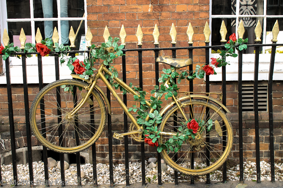 Golden Bike In henley-on-Thames