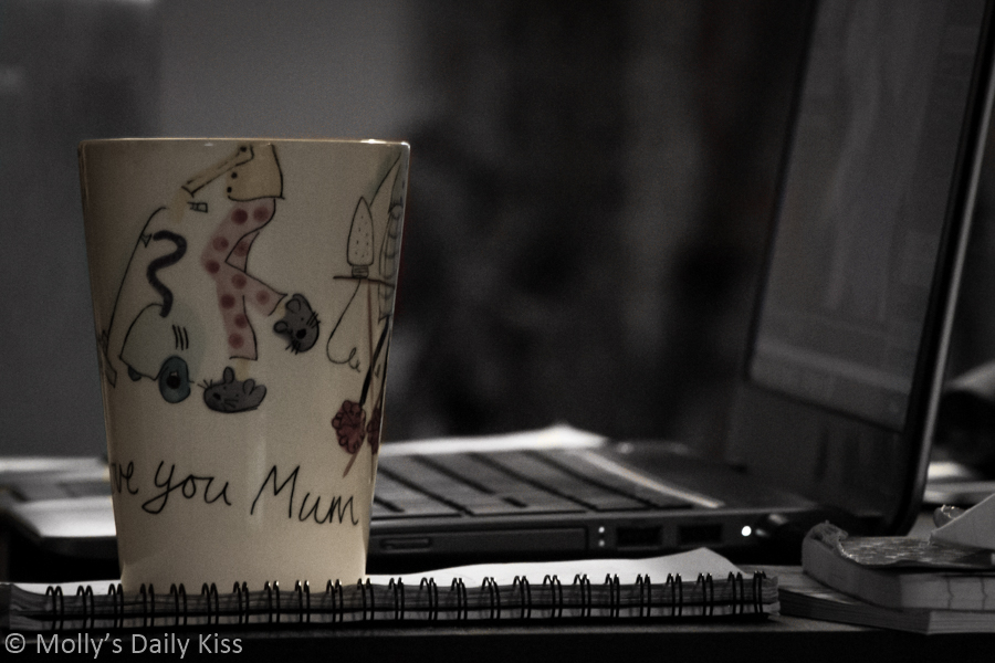 Mum mug on desk