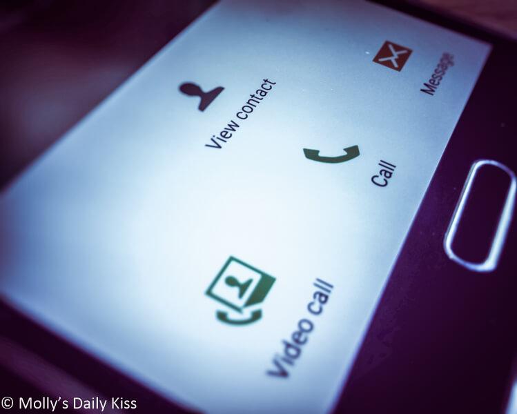 Mobole phone call screen