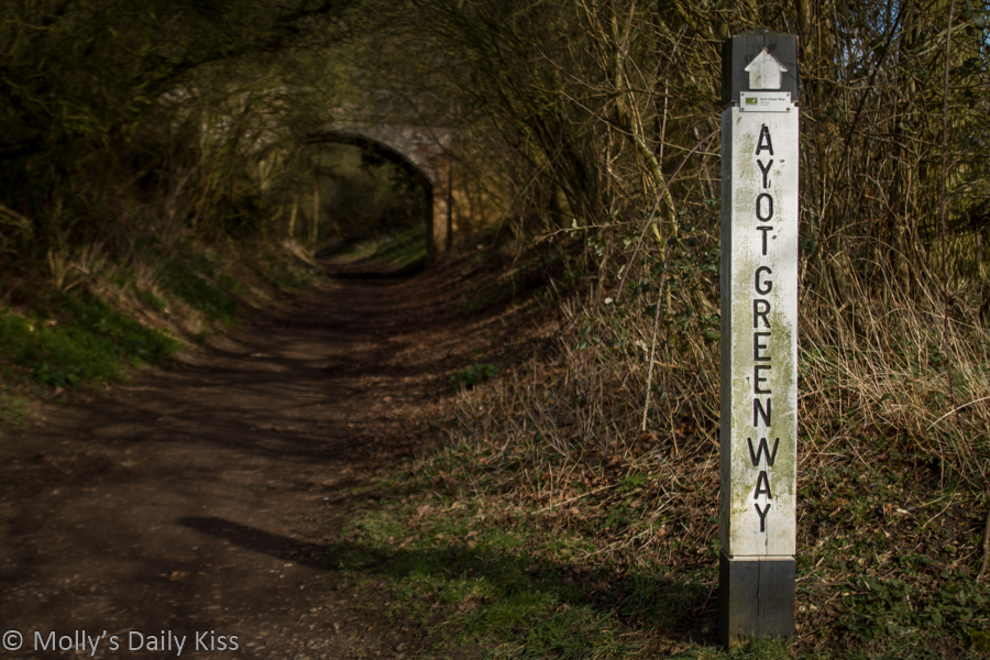 Ayot Green Way Sign post walking