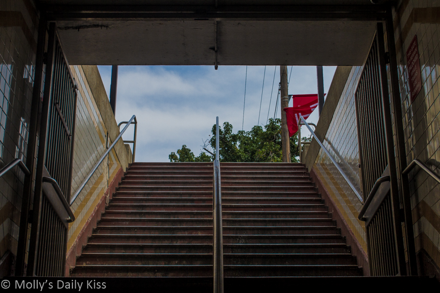 Philadephia subway steps step up