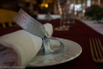 Napkin with silver bow