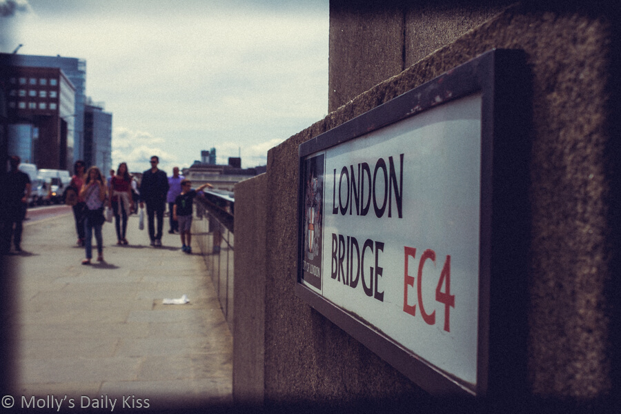 London Bridge street sign