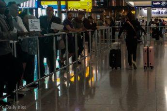 terminal 2 heathrow airport arrivals
