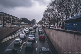 traffic queing in paris